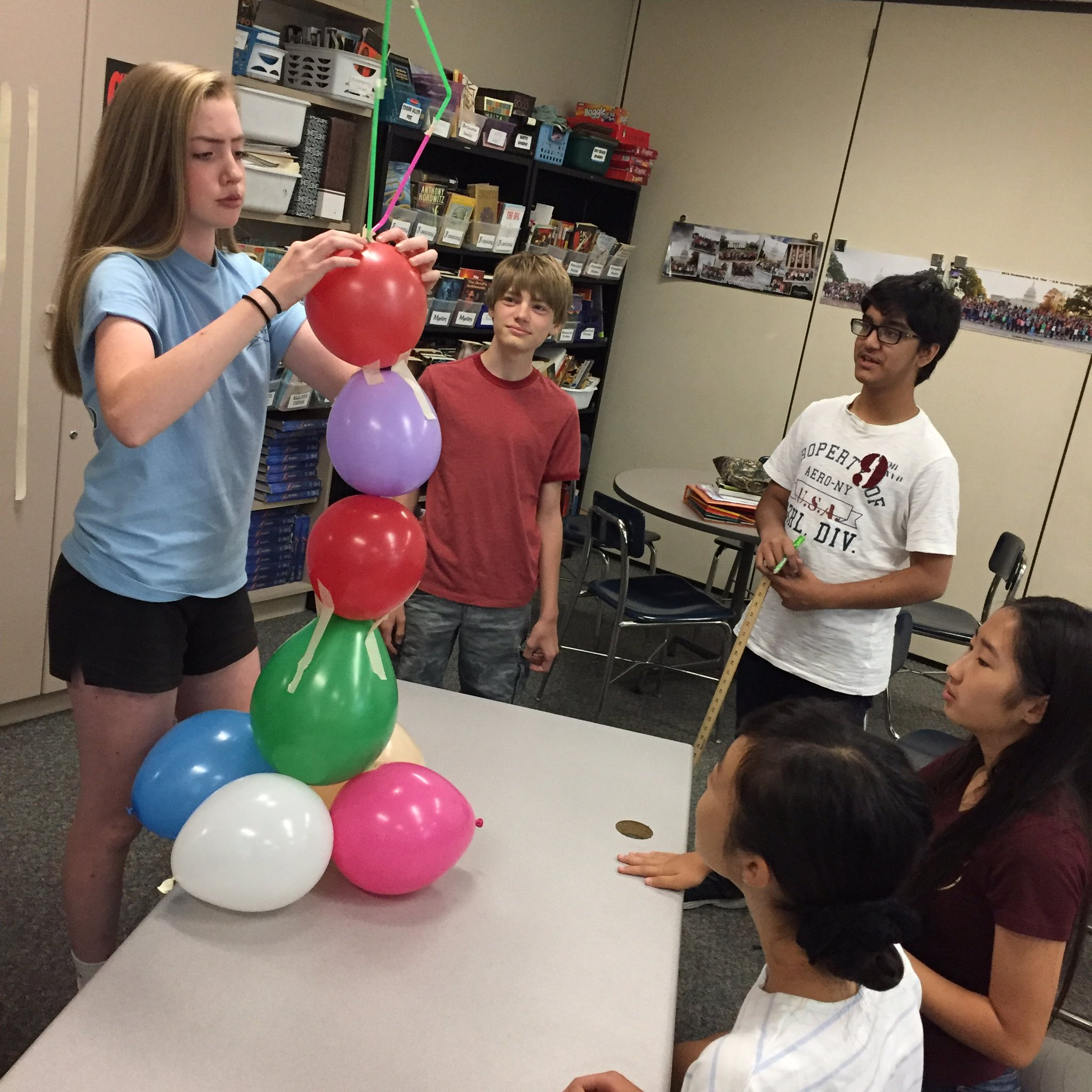 Collaborate to build the tallest free-standing balloon tower. 8 balloons. 4 straws. 6 feet of tape. #thedublindifference @KarrerMS https://t.co/7CcgpqF8Wc
