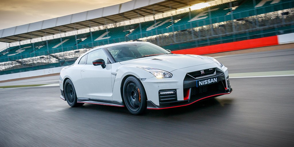 Are you ready for our #OMGTR #FastFriday moment? Blink and you might miss the new 3.8-litre V6 24-valve twin-turbo #Nissan #GTR.<br>http://pic.twitter.com/2FWPQmuLN0