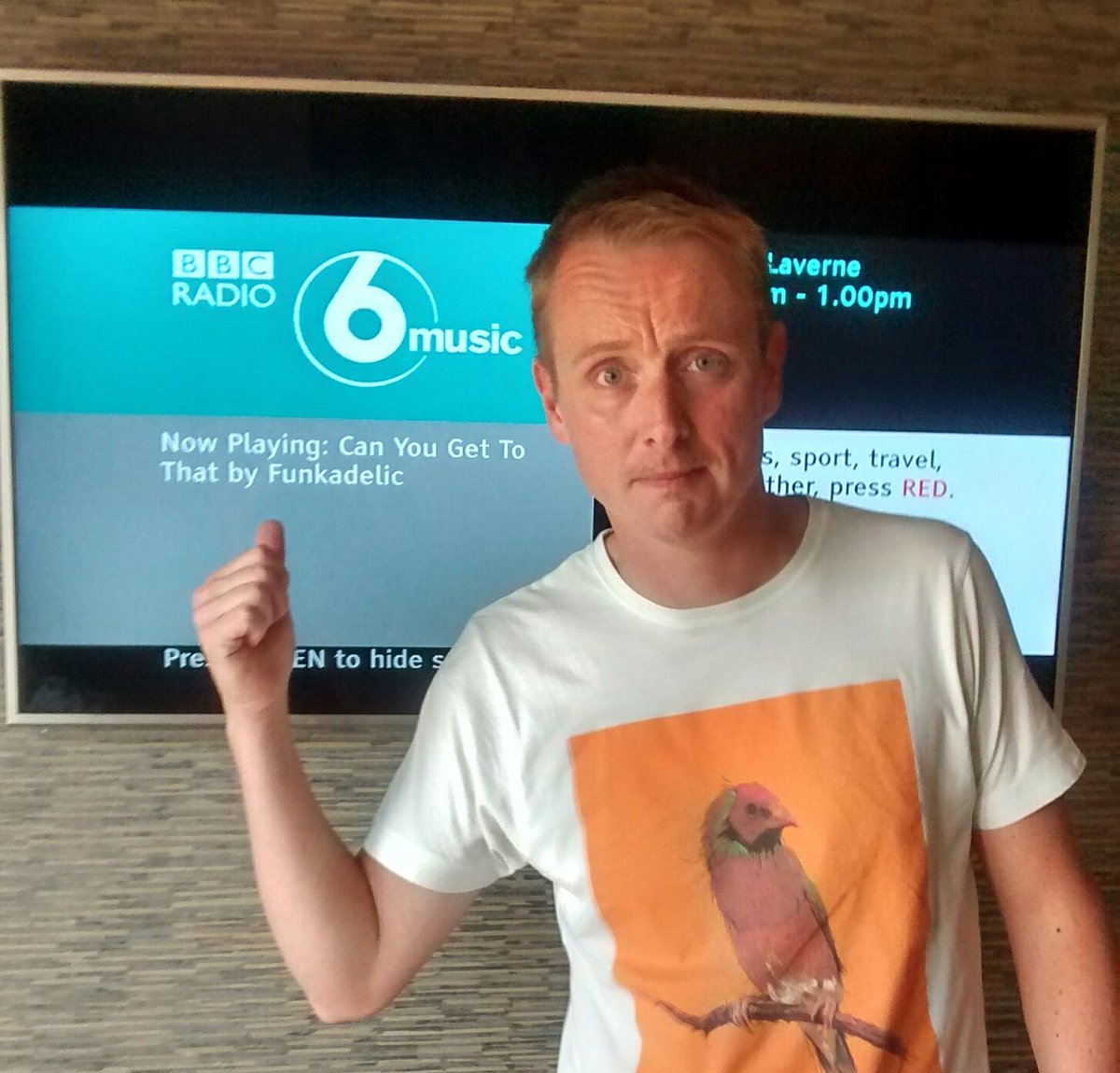 * KLAXON *our boy Rog is doing #desertislanddisco on @laurenlaverne @BBC6MorningShow today. get involved! x