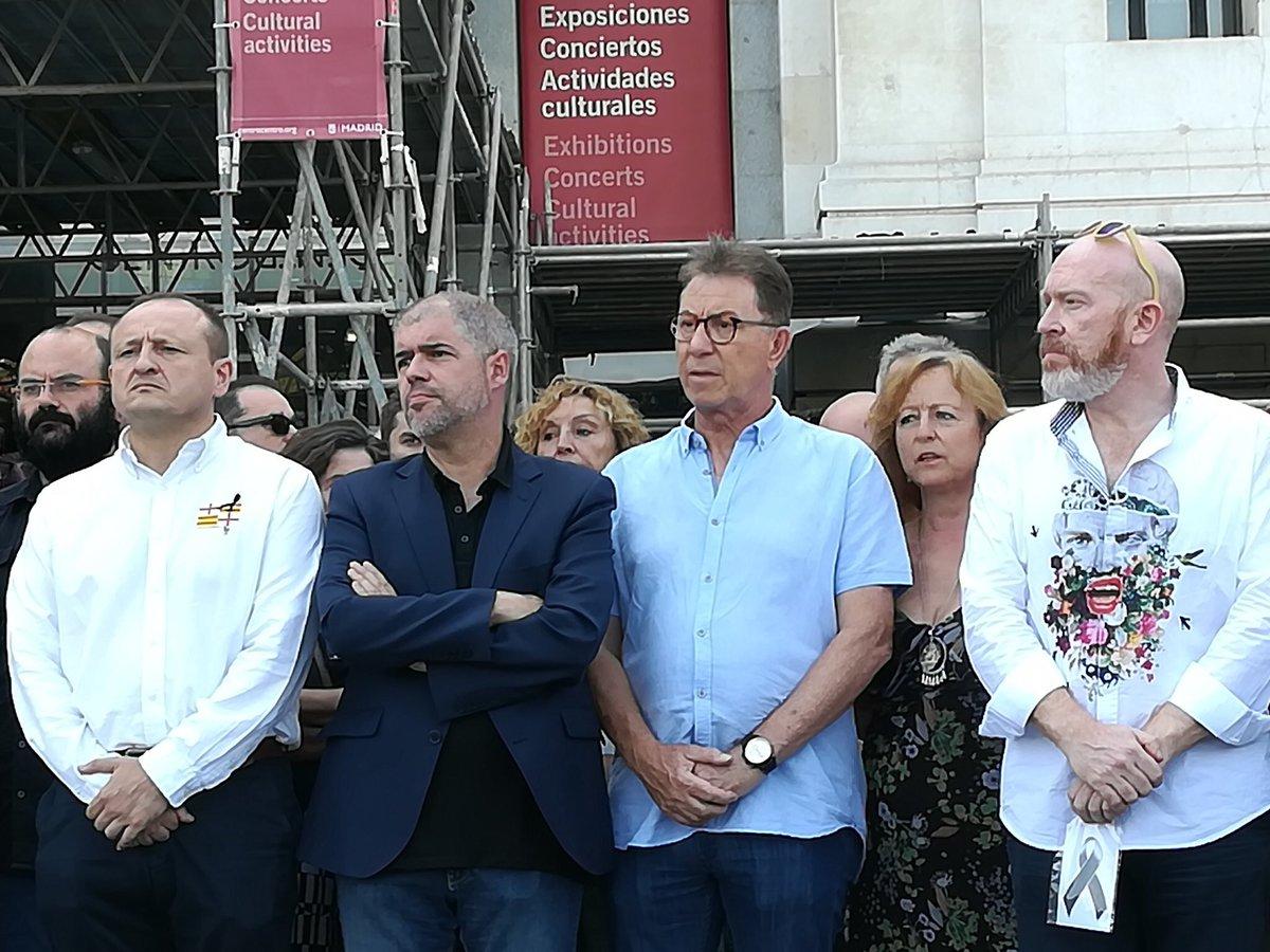 #TodosSomosCataluña #StopTerrorism https://t.co/ilxAvai4dR