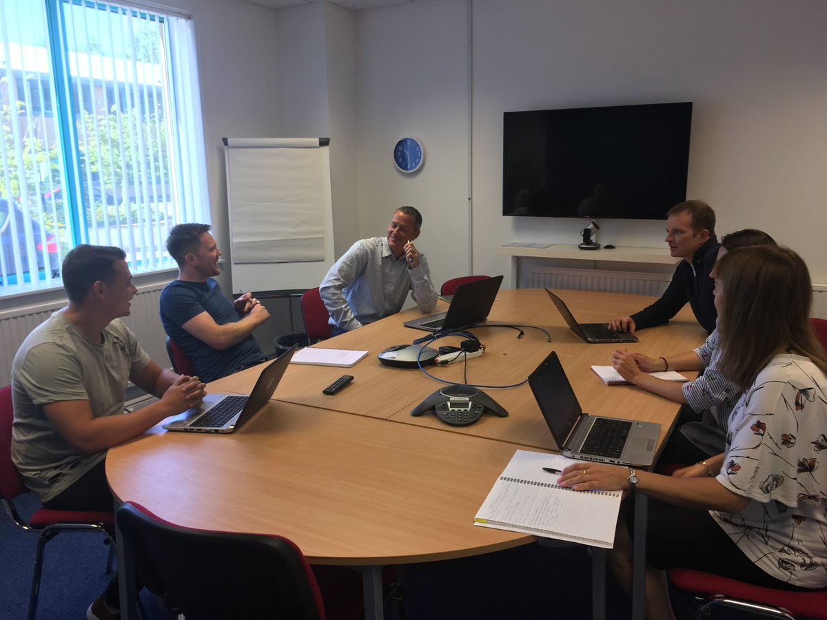 This week @Fishawack Abingdon welcomed colleagues from our US, Brighton &amp; Knutsford offices; always great to meet up! #medcomms #globalteam<br>http://pic.twitter.com/JIj9I1Nh04