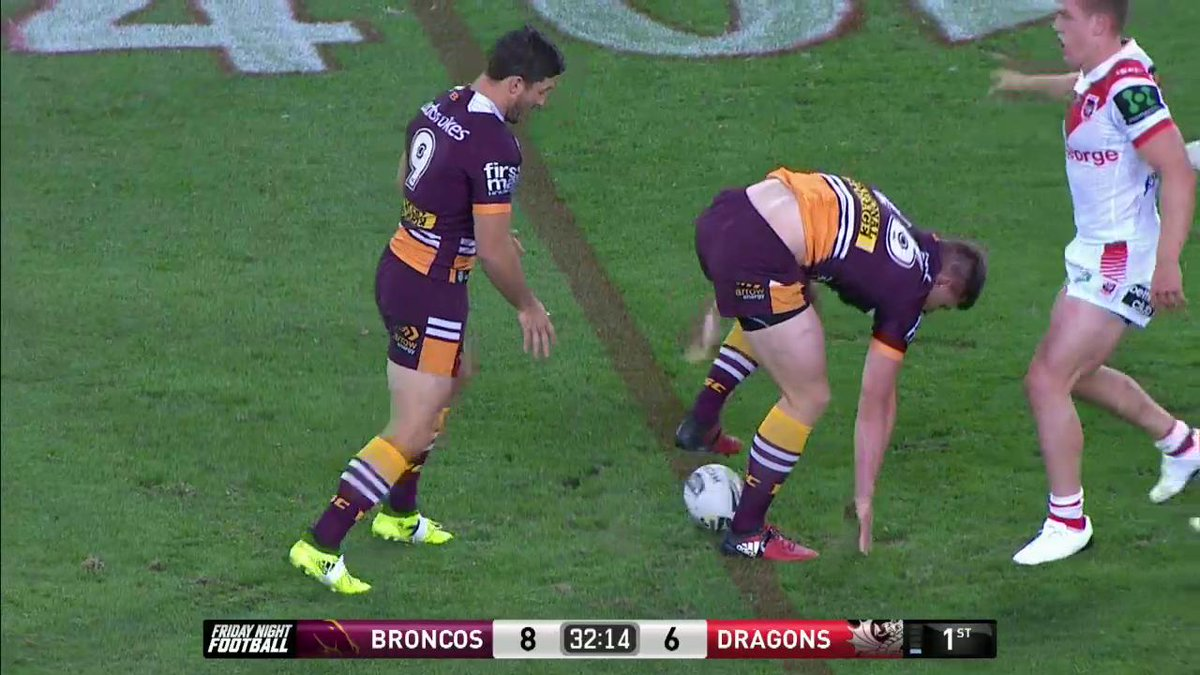 Ben Hunt conjures something out of nothing!  #NRLBroncosDragons  #NRL...