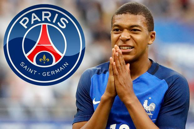 Kylian #Mbappe dropped from #Monaco side for #Metz clash.  Mbappe is reportedly desperate to play alongside #Neymar  #PSG #Ligue1<br>http://pic.twitter.com/qKjHk1csB1
