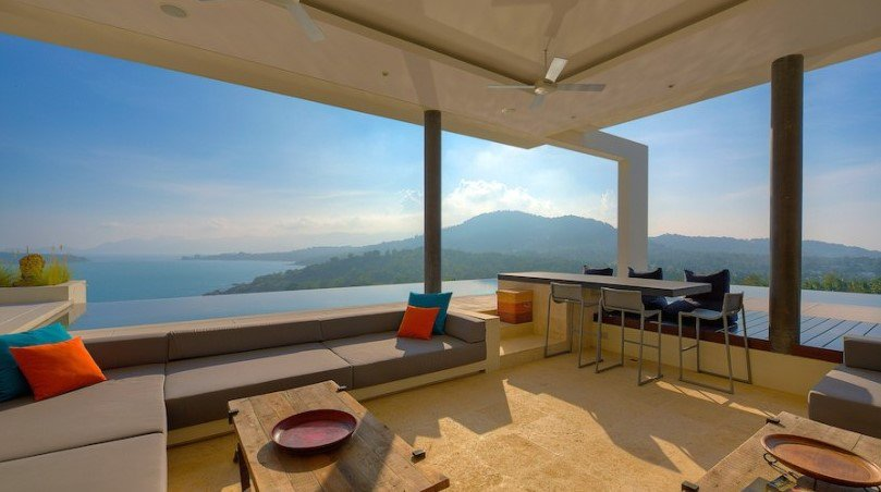These #luxurious #holiday #villas provide the best #location, exclusive #facilities &amp; services in #KohSamui.  http:// ow.ly/hfFV30evddn  &nbsp;   #travel<br>http://pic.twitter.com/5BidFZFjE7