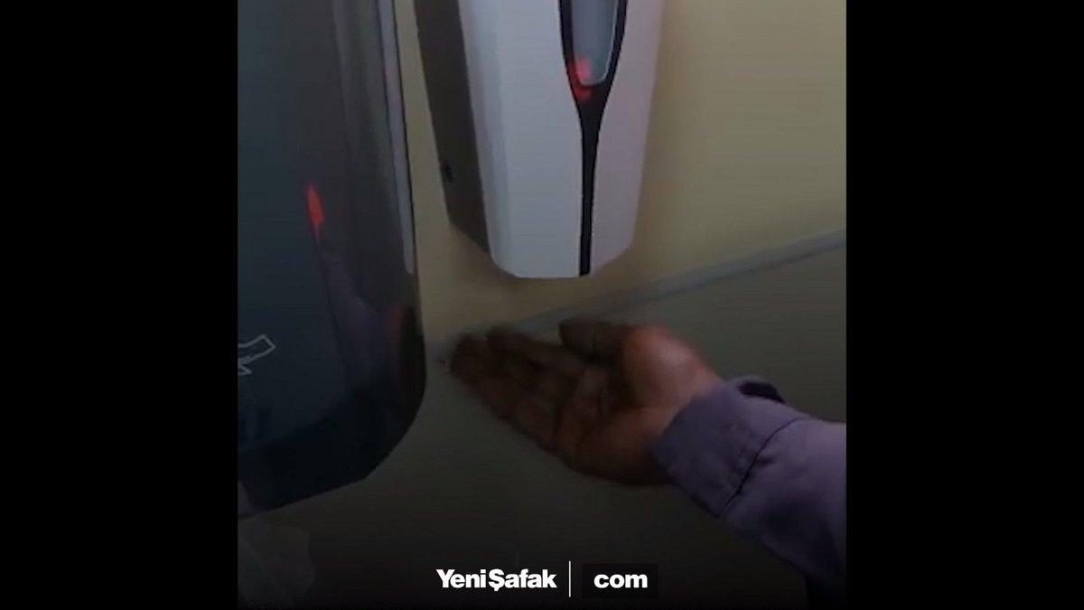 #Racist soap dispenser! https://t.co/E1C...