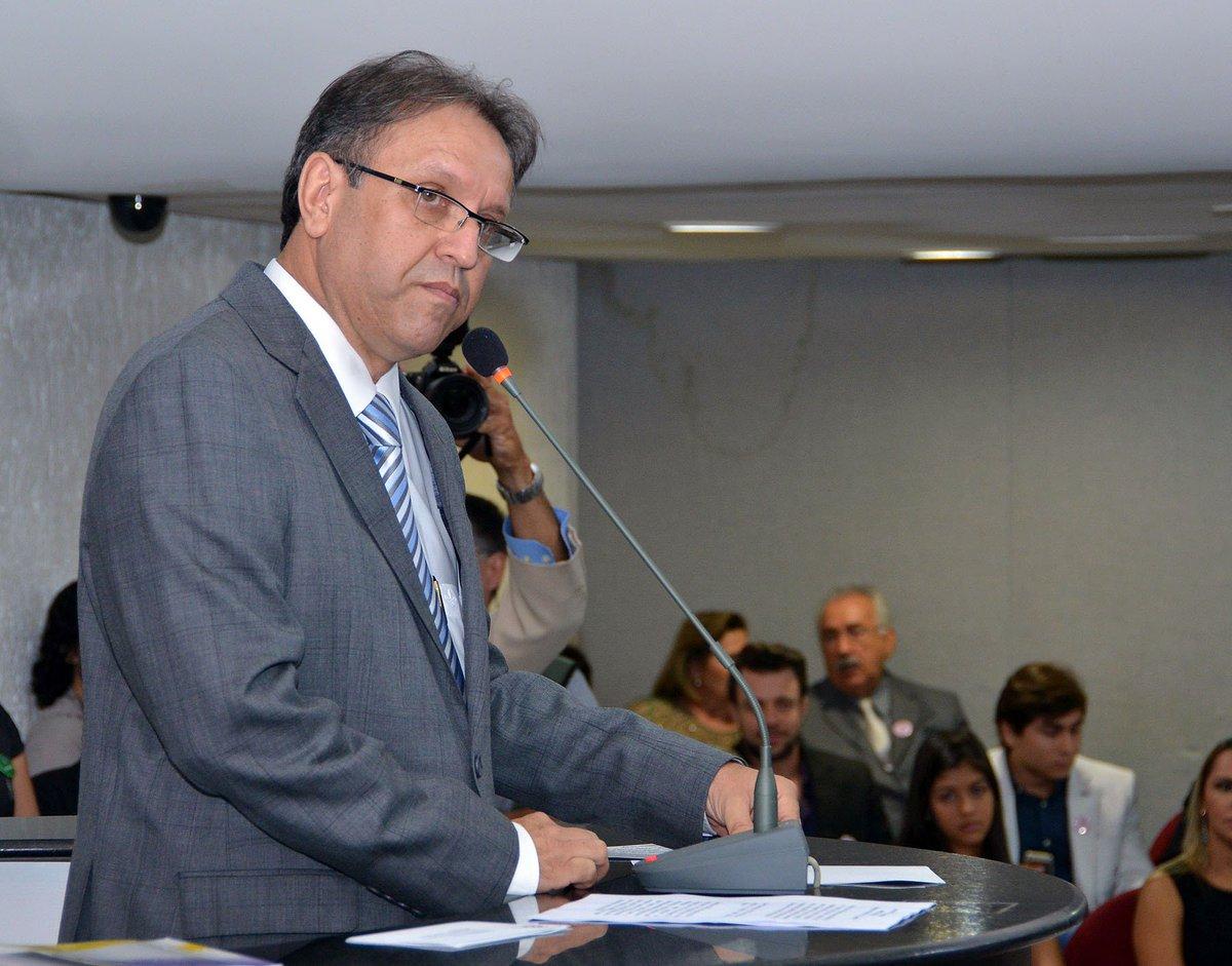 > Ma@fausto_macedorcelo Miranda depõe a ministro do STJ sobre obras de R$ 850 mi e é liberado https://t.co/pzM7tu4U8Z