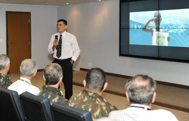 Participação do Exército em Missões de Paz da ONU é debatida em ciclo de palestras promovido pelo COTER. https://t.co/cgeKvqjUzg
