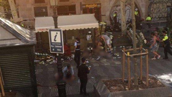 """Goiano que trabalha em Barcelona relata """"cenas de horror"""" durante atentado https://t.co/DNp8eHcfuT"""