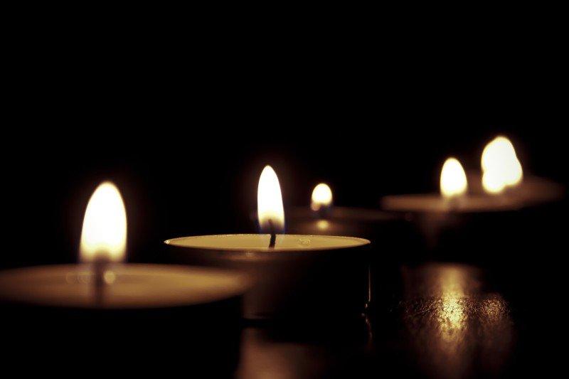 .@BishopFintan Monahan offers Mass for victims of #Barcelona attacks  https:// catholicnews.ie/bishop-fintan- monahan-offers-mass-for-victims-of-barcelona-attacks/ &nbsp; …  @KillaloeDiocese @QQuinlivan #peace <br>http://pic.twitter.com/IdxtdV6MxH