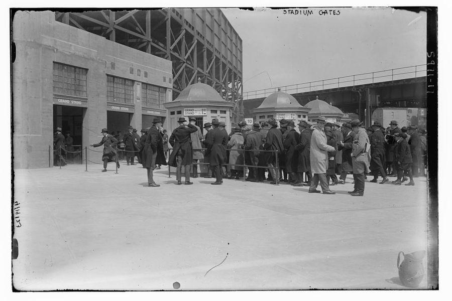 #Spotlight – NY Black Yankees played in Yankee Stadium from 1933-1948 -  http:// bit.ly/2mtv525  &nbsp;   #YankeeStadium #NewYork #Friday #MLB<br>http://pic.twitter.com/o6mCliUu6c