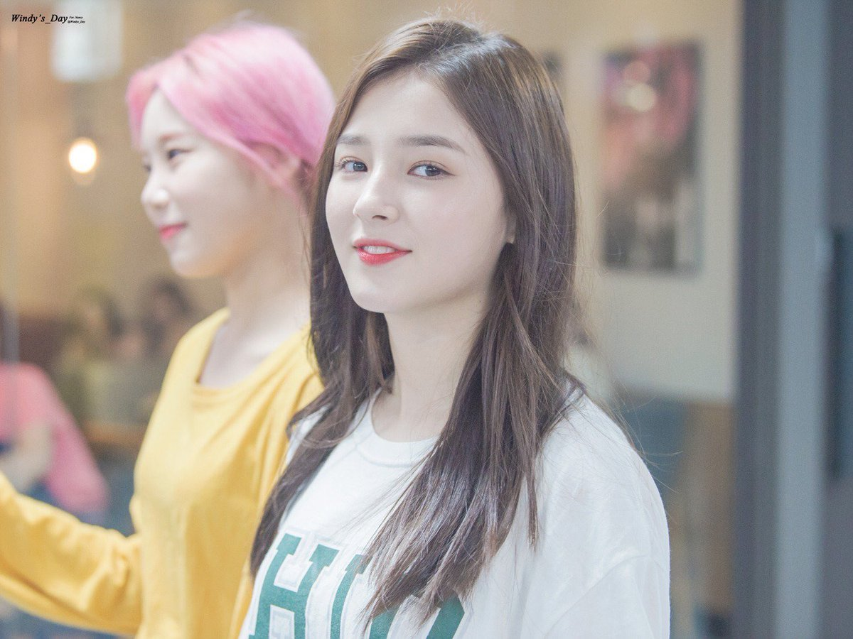 [FANTAKEN] 170818 - OTW to Nexen Dome  (cr.Windys_Day) #낸시 #Nancy #모모랜드 #MOMOLAND<br>http://pic.twitter.com/yYAQrB6QKZ