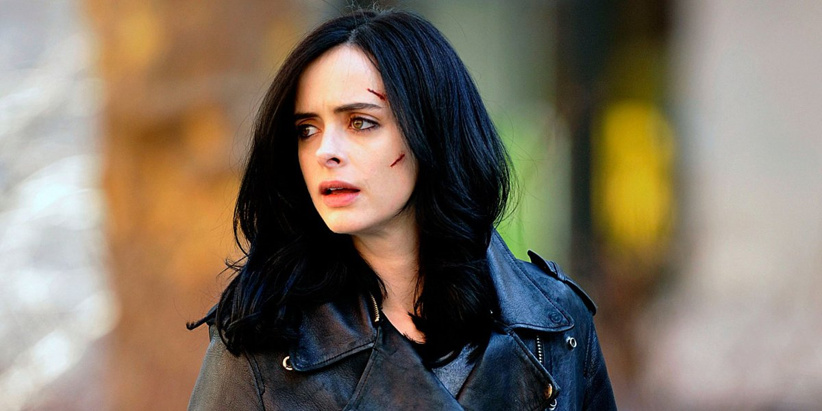 The only hero worth watching in #TheDefenders is Jessica Jones 💥https:...