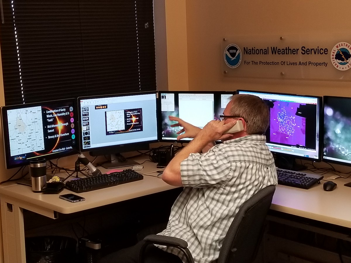NWS Pocatello staff provide real-time weather impact #Eclipse2017 briefings to area emergency managers and regional coordinators.
