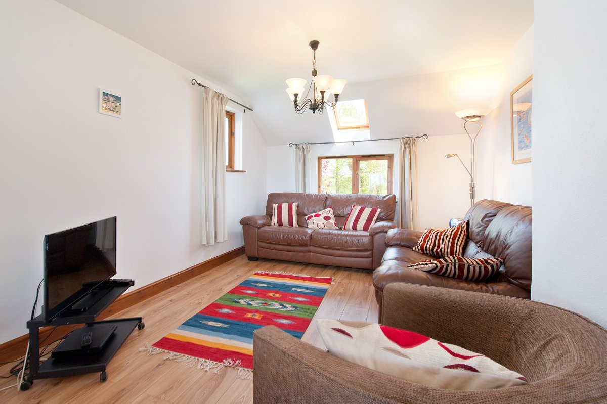 Hilton #Farm #Holidays are set in a #beautiful site on the outskirts of the #village of #Marhamchurch.  https://www. theholidaycottages.co.uk/Cornwall/5826  &nbsp;   #Availability<br>http://pic.twitter.com/SgEapVl6yI