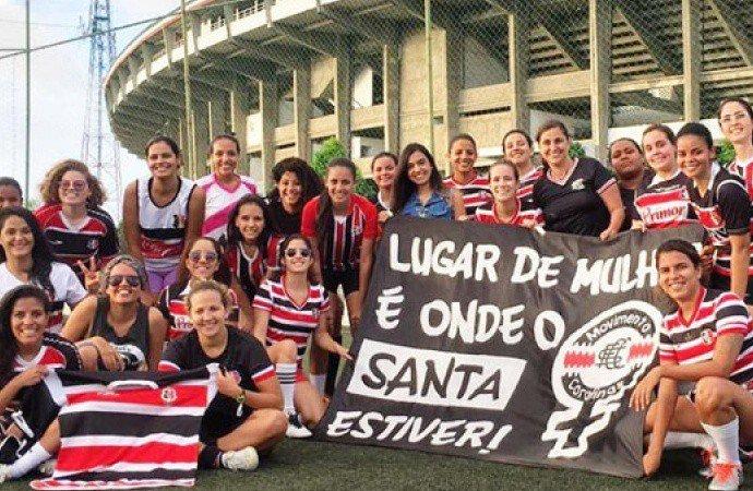 LUGAR DE MULHER! Torcidas femininas ganham os estádios em Pernambuco >> https://t.co/3xOifGLR21 #SomosFutebol