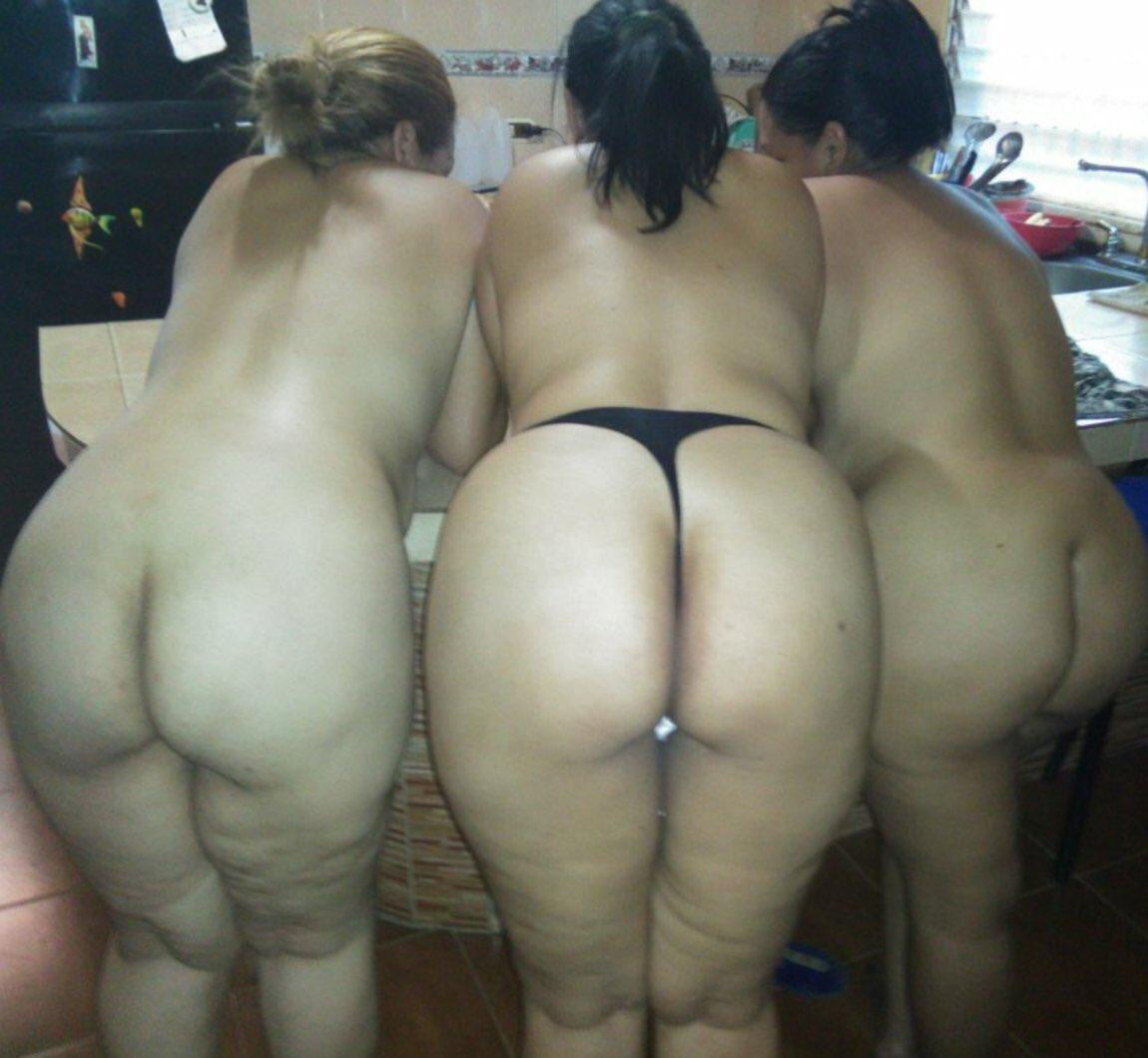 Arabian chubby women ass