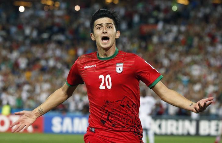 #Iran player, #MasoudShojaei breaks sile...