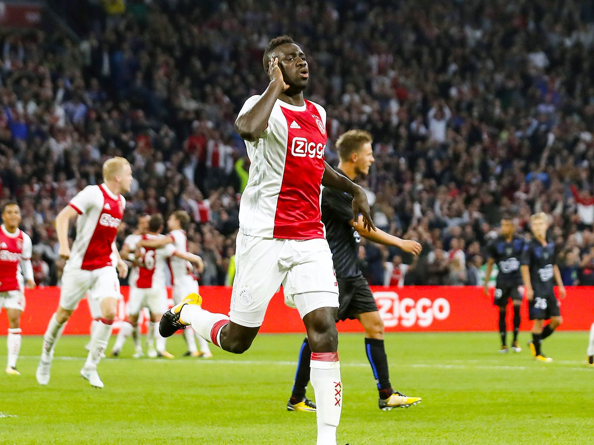 BREAKING: Tottenham have agreed a club-record £42m fee with Ajax for centre-back Davinson Sanchez, per @BBCSport