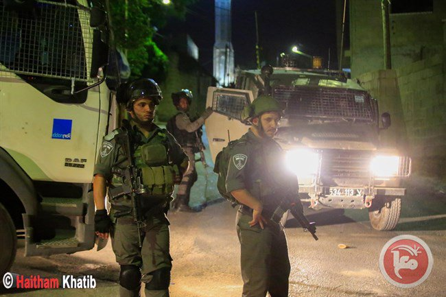 Israeli forces detain 4 Palestinians during raids in West Bank, East Jerusalem https://t.co/hfRymqB6PM