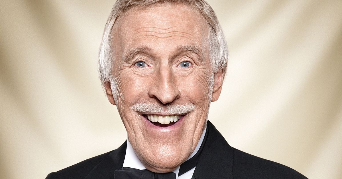 Terribly sad news this afternoon. TV legend and national treasure Sir Bruce Forsyth has died aged 89. RIP Brucey https://t.co/prcKcFCeFV