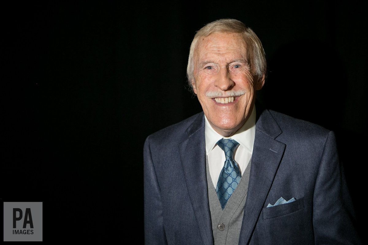 #Breaking TV veteran Sir Bruce Forsyth has died at the age of 89, his...