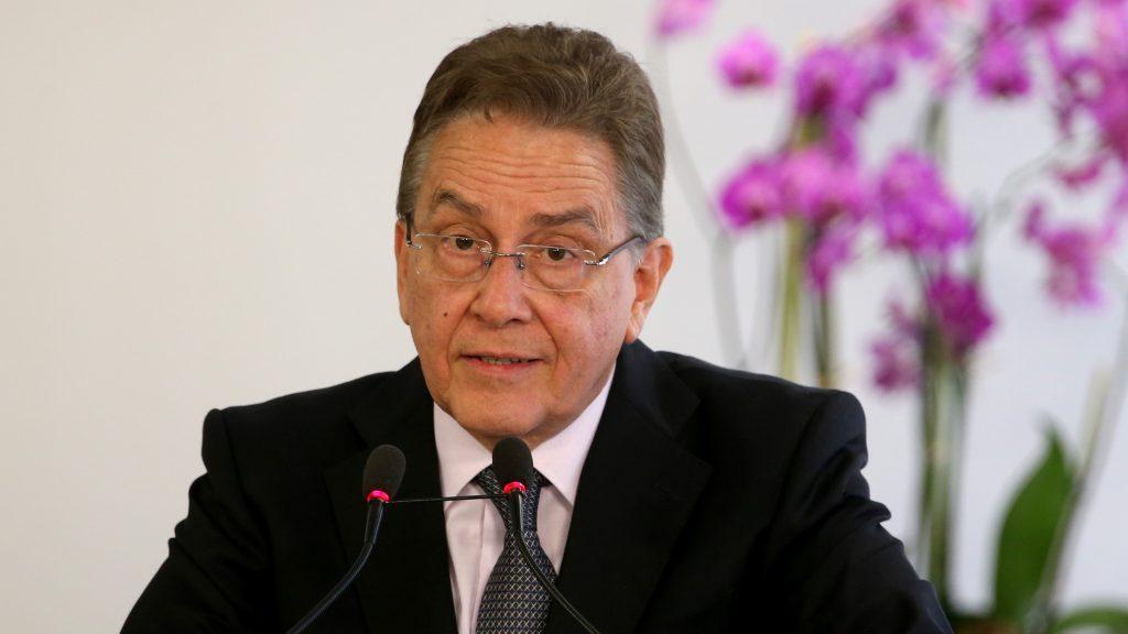 Presidente do #BNDES faz lobby contra #CPI: https://t.co/JxwaaUbjE7 #Notícias #Política