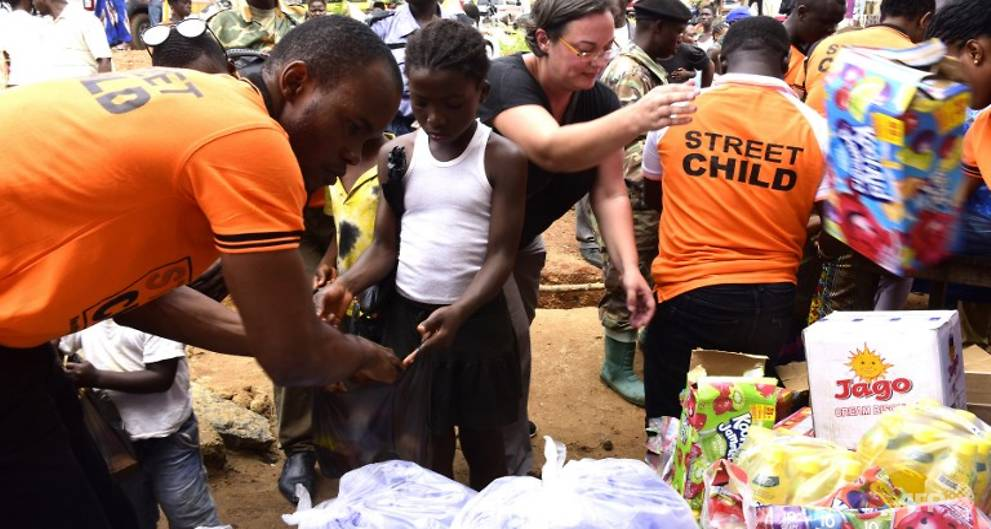 Humanitarian crisis looms as Sierra Leon...