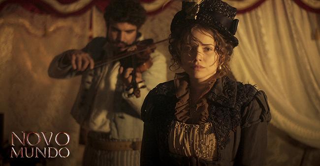 Pedro vai preparar uma surpresa romântica para Leopoldina. Será que é tarde demais? #NovoMundo  ➡ https://t.co/BZUGhoocev