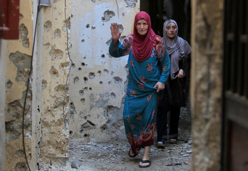 Clashes kill two in Palestinian refugee...