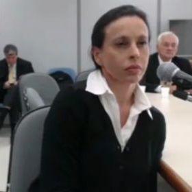 Defesa de Adriana Ancelmo alega preconceito de gênero em ações sobre joias https://t.co/eJ4aQuEBHE