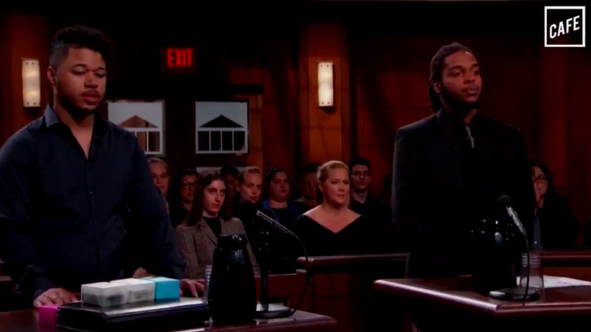 Amy Schumer was spotted in Judge Judy's courtroom – but not as a plaintiff or defendant! (@BriHaynie for CAFE)