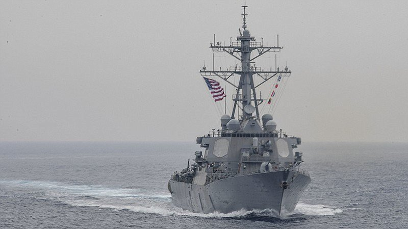Navy blames USS Fitzgerald crash on 'inadequate leadership and flawed teamwork.' Punishes leaders, praises crew. https://t.co/SFzKH1FO1Y