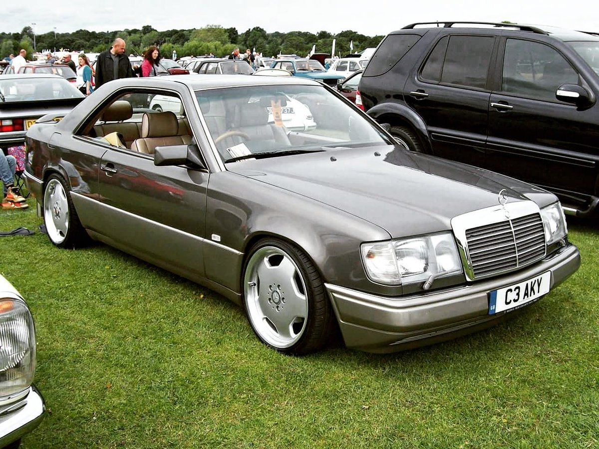 Best Benz On Twitter W124 Coupe Like My Account W124 Coupe Coupe Oldtimer Old Mercedesbenz Bestbenz Benz Mercedes Love W124coupe Old Https T Co Xm03aim3cw