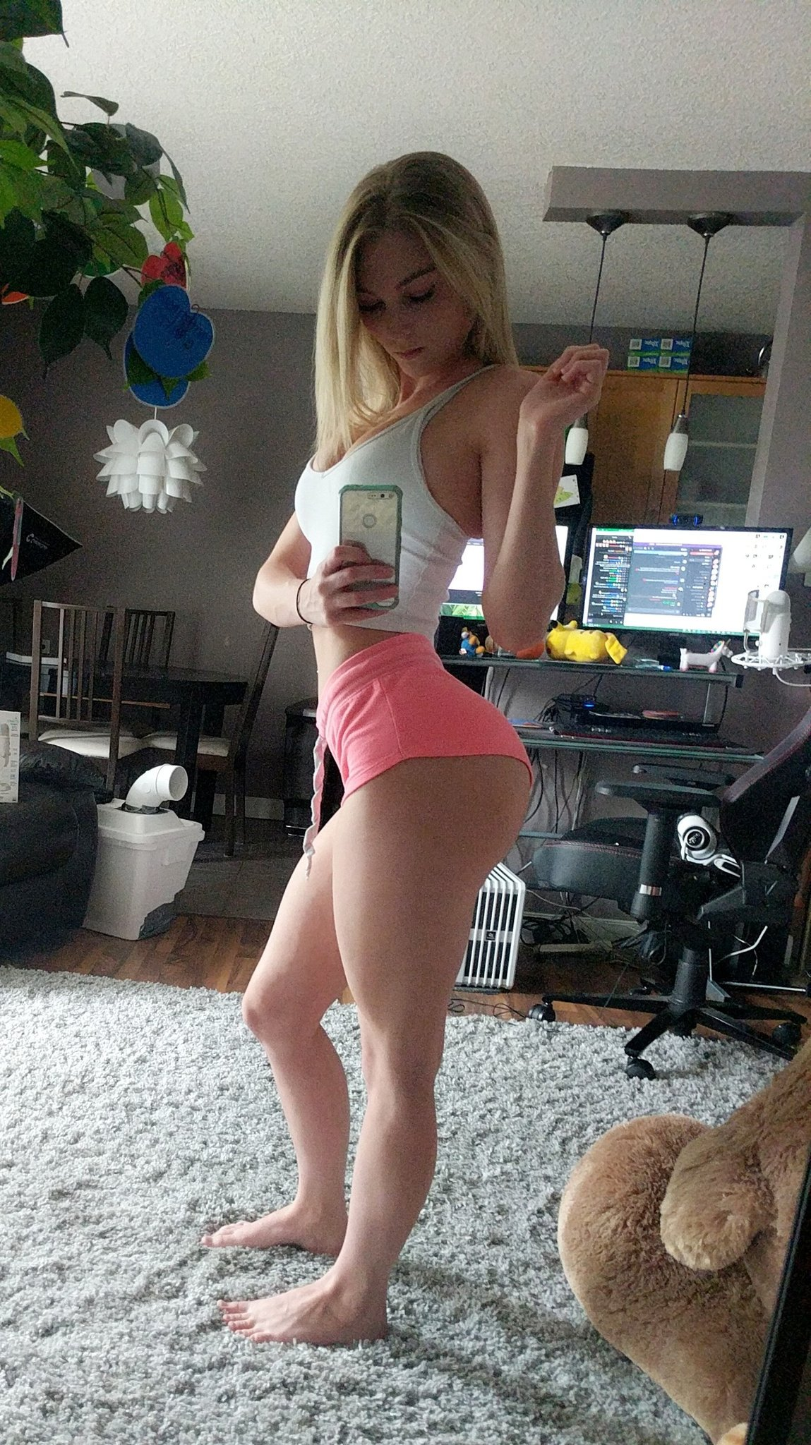 free nude pics of girls from mtv real world