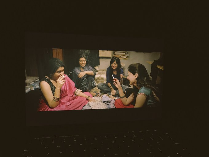 Finally saw #lipstickundermyburkha on @AmazonVideoIN What a lovely film and what performances!! Thank you @alankrita601 😊💖🙏🏼 https://t.co/7aaHuUvuyf