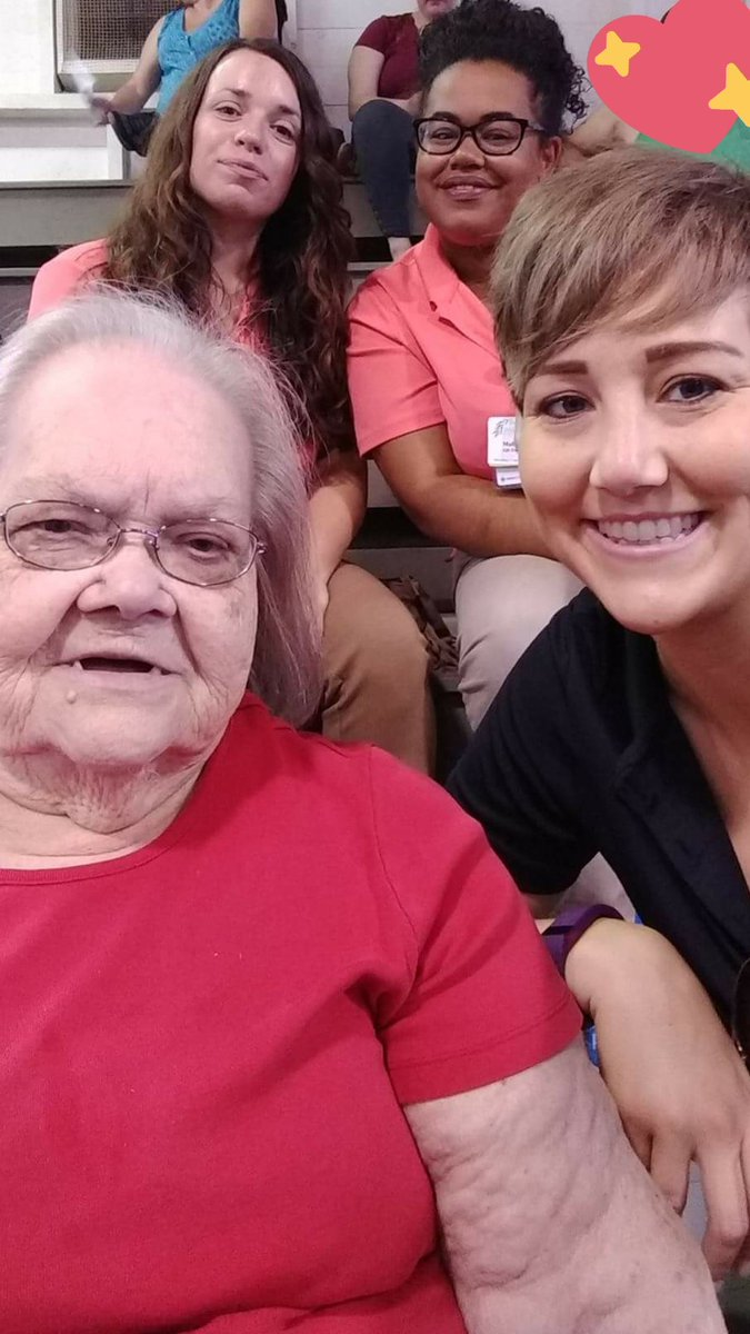 Wonderful day, out and about at The Huron County Fair! #willowsatwillard #trilogyliving #huroncountyfair #connections #volunteers <br>http://pic.twitter.com/C6lF9IX3uu