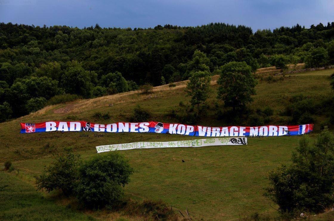 Joyeux anniversaire les Bad Gones #ASSE <br>http://pic.twitter.com/9UgLg40v3N