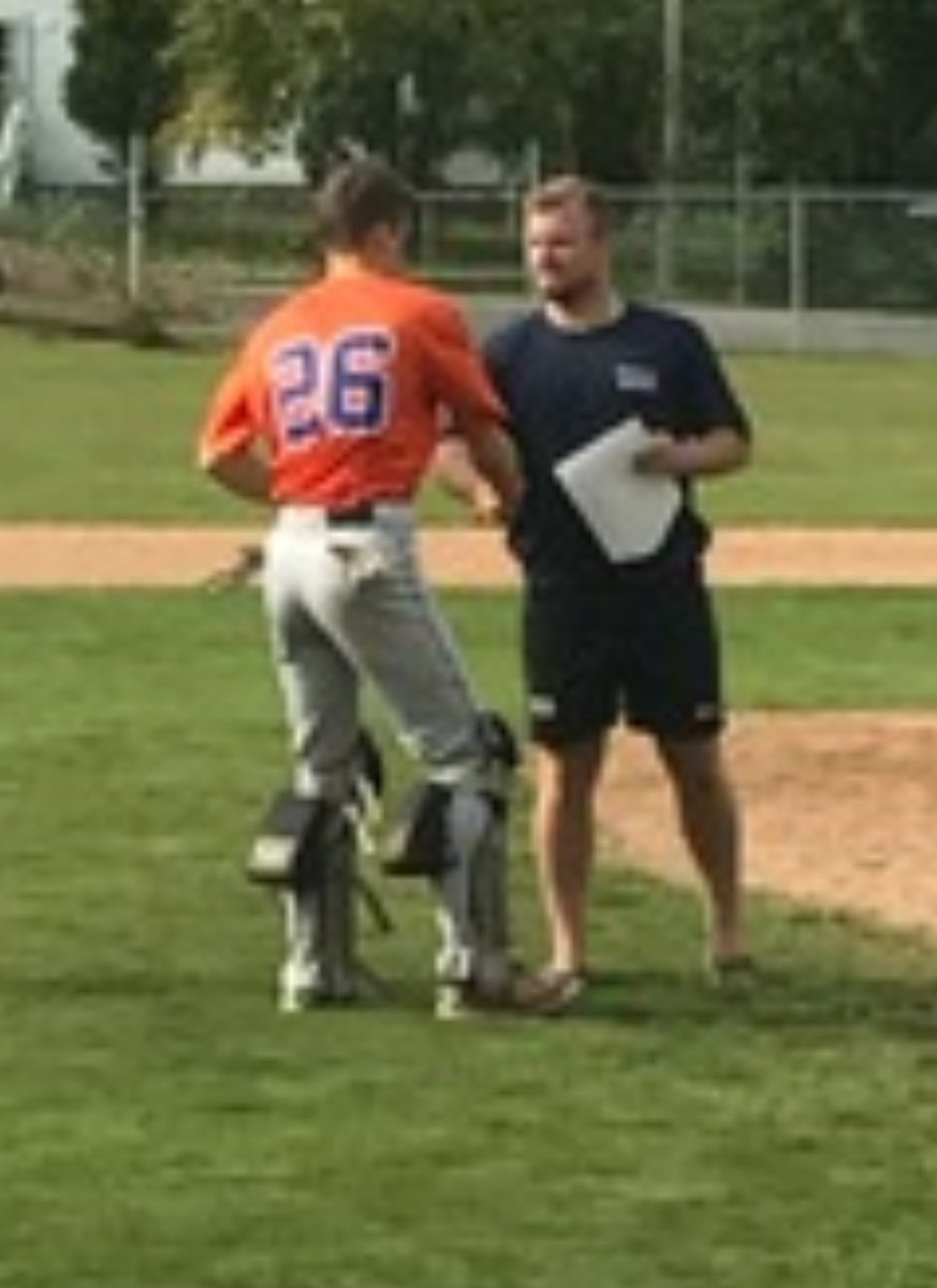 Big congrats to @LambowLandry  and the Halifax Mets for their opening 4-3 win at the Bantam AAA provincials in New Glasgow. #yard <br>http://pic.twitter.com/kTdv0pTPwh