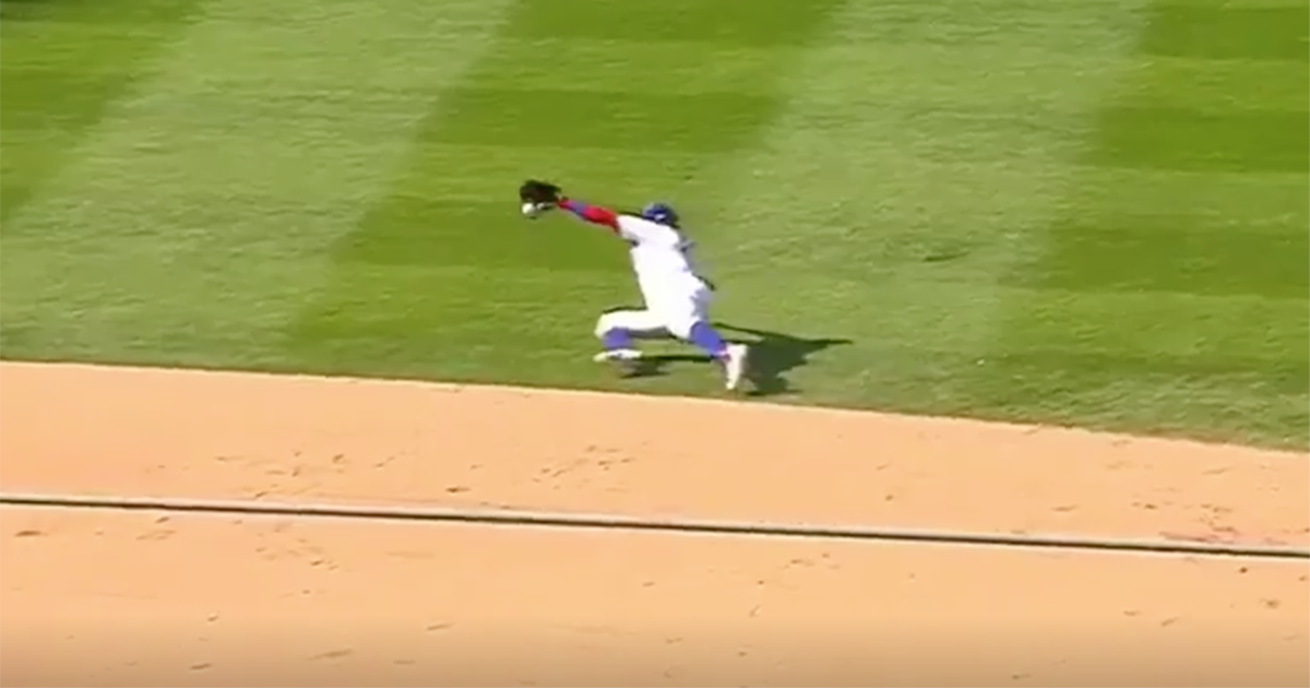 VIDEO: Javier Baez steals hit from Jose Bautista with insane diving st...