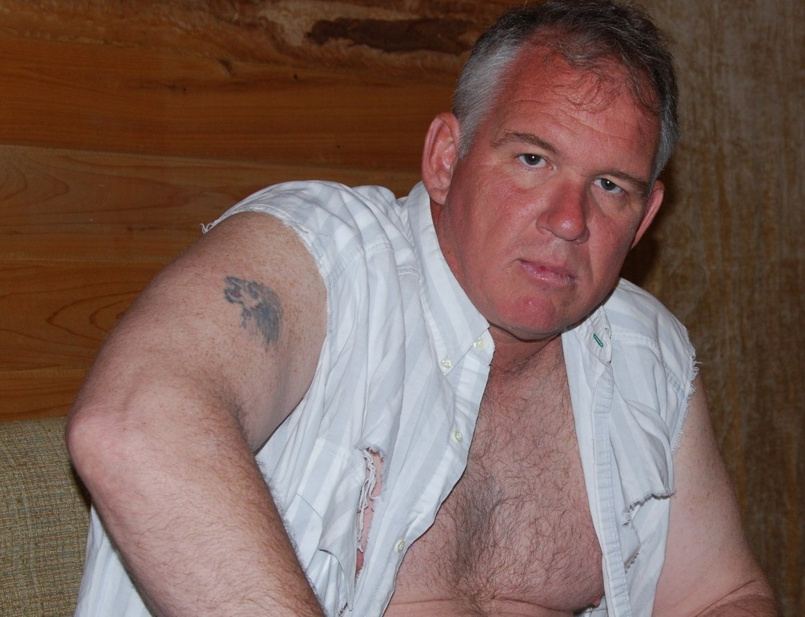 LOOK LIKE THIS MAN? get monthly salary  http:// MODELINGPORTFOLIO.org  &nbsp;   #musclebear #blond #daddy #redneck #cowboy #hairy #chest #gray #silver #hair<br>http://pic.twitter.com/B3zSEIJ6hq