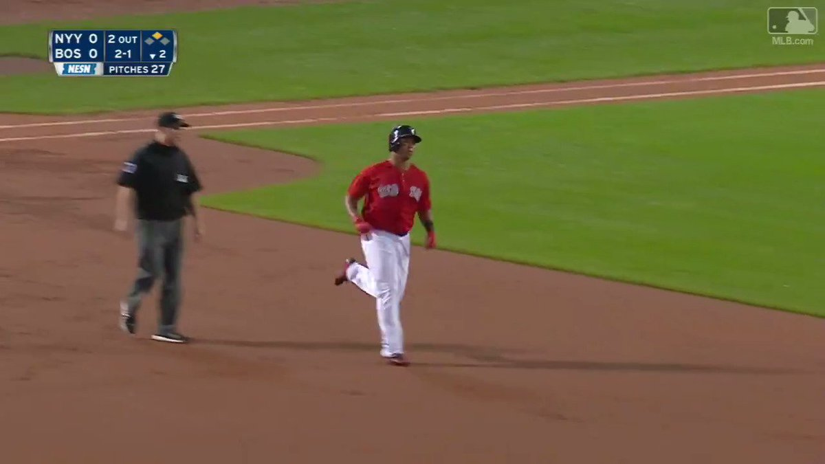 When you say #TheRivalry, Rafael Devers gets excited. https://t.co/yDz...