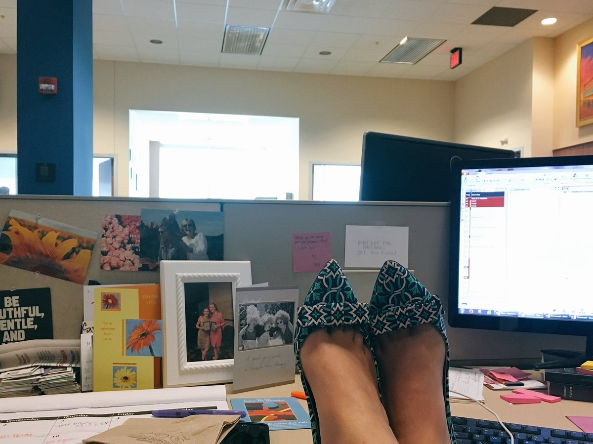Kind of a late post for #funshoefriday...nevertheless it's still Friday! <br>http://pic.twitter.com/n38AOC61YB