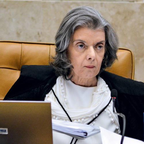 Cármen Lúcia obriga tribunais a informar salários de juízes https://t.co/zDGsVECO7p