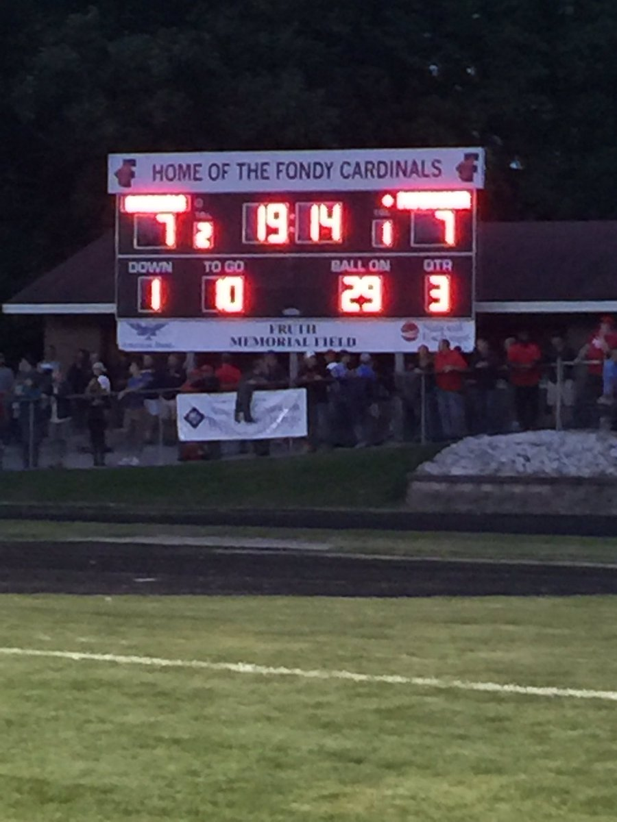 At the half: Kimberly and Fon du Lac tied at 7. #wisfb https://t.co/YG...