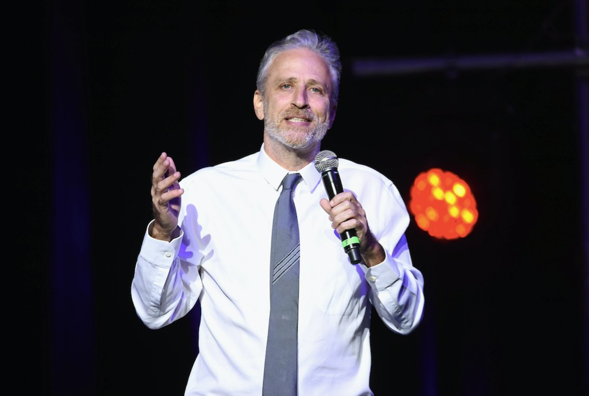 Jon Stewart showed up at Dave Chappelle's gig in order to go all the w...