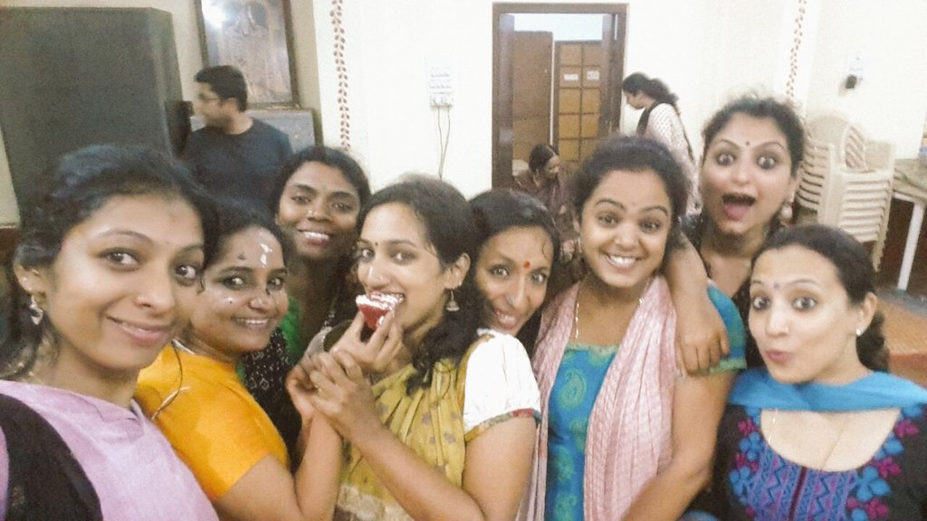 Of celebrations and pictures that actually don&#39;t convey whose birthday it really was! :D #bharatanjali #nkm <br>http://pic.twitter.com/XNOCKD4LlH