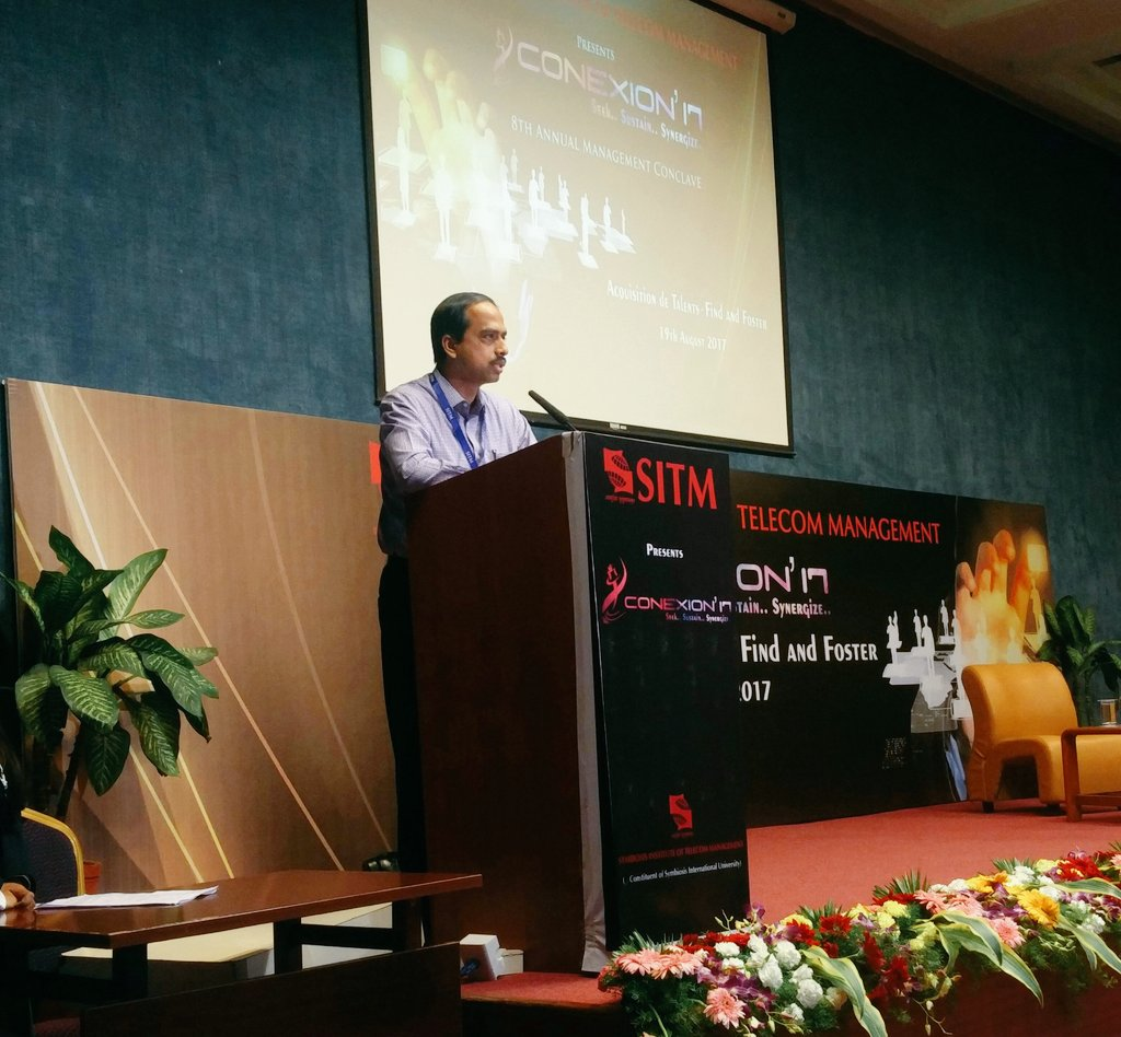 Delivering #thought #provoking #address #SITM Director Dr. Abhijeet Chirputkar, giving the gist of the #future #technology #management<br>http://pic.twitter.com/VdYZnstDCN