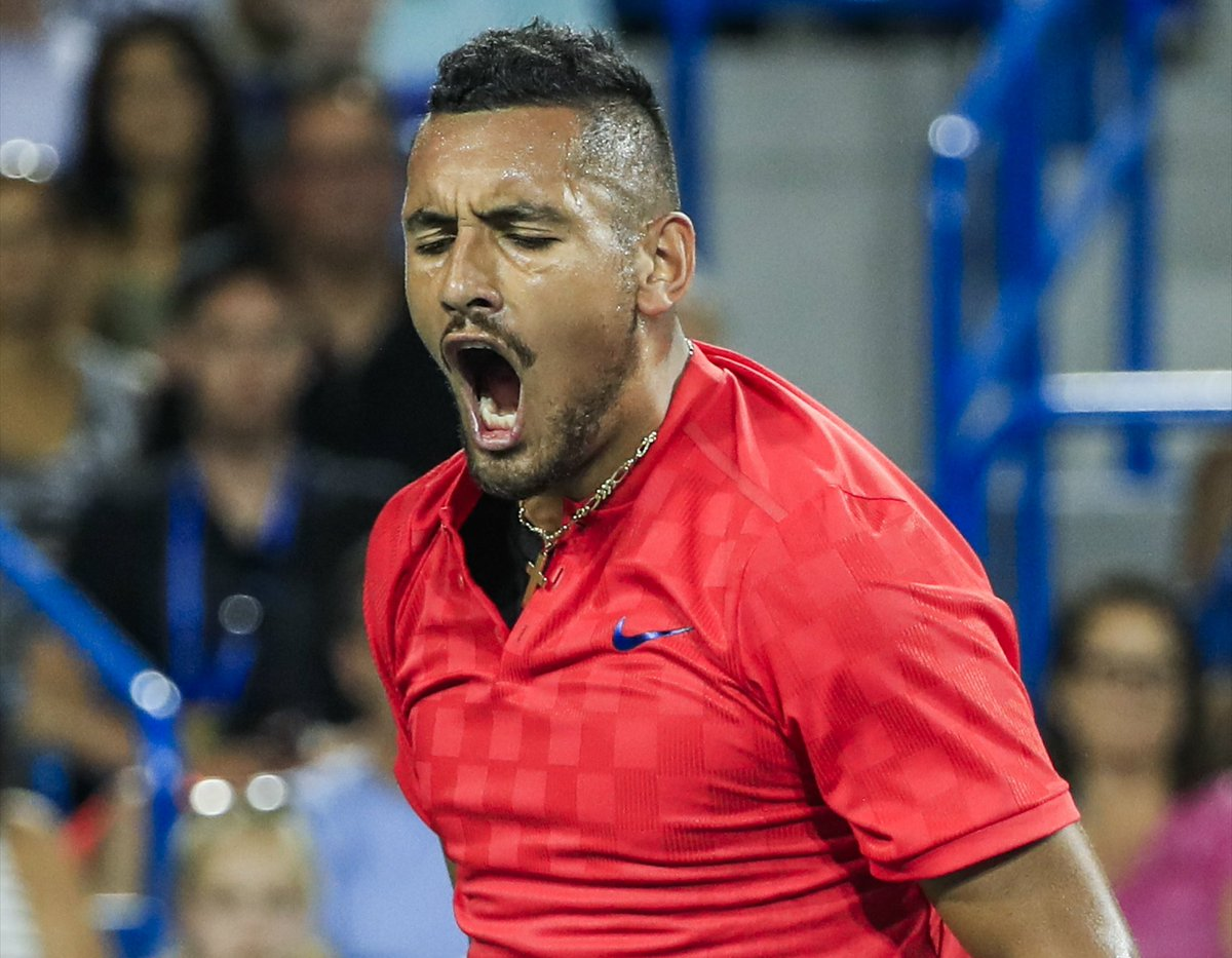 Crazy night in #CincyTennis! Nick #Kyrgios has stunned new World No.1 Rafa #Nadal 6-2 7-5 while David #Ferrer beat Dominic #Thiem 6-3 6-3  <br>http://pic.twitter.com/LvmgiqE5IO