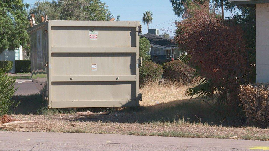 Trash, squatters & a giant dumpster: Neighbors sick of community eyesore https://t.co/E4lfwajTic
