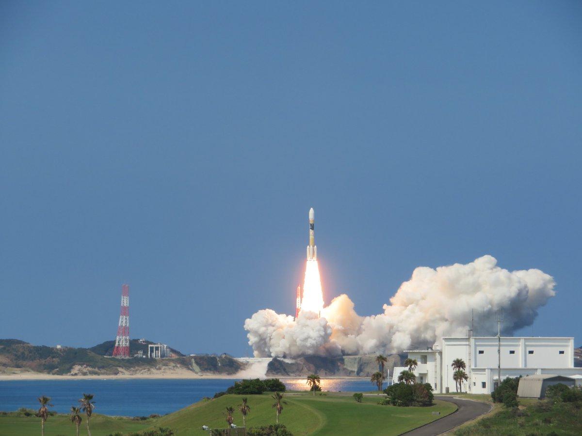みちびき3号機を搭載したH-IIAロケット35号機は、JAXA種子島宇宙センターから14時29分に打ち上げられました。 #H2AF35  #QZS3 https://t.co/gOHGq6Ruv8